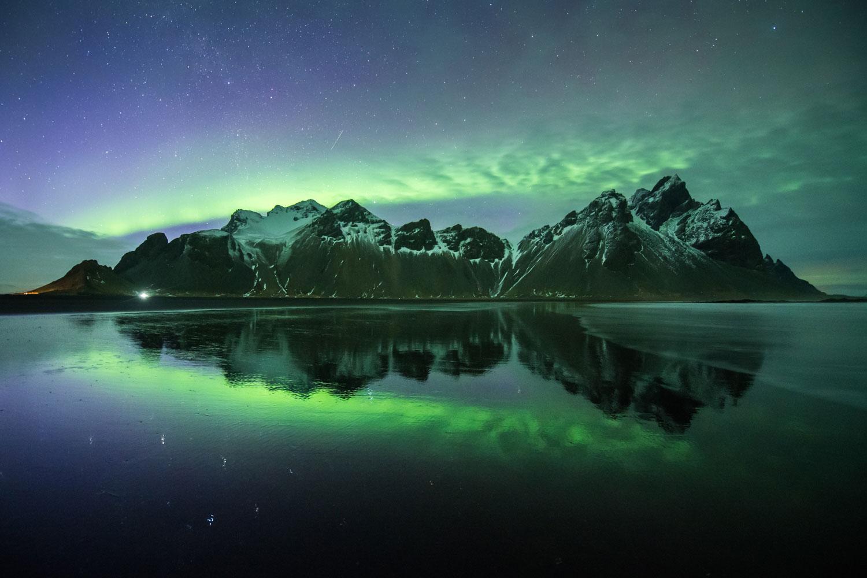 Aurora over Vestrahorn, Iceland>