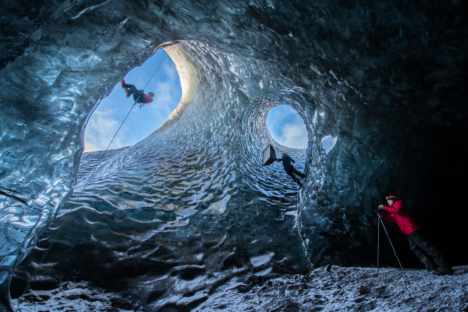 Ice-Cave-Photo-Shoot>